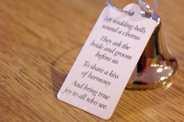 Give Your Wedding Favours The Personal Touch
